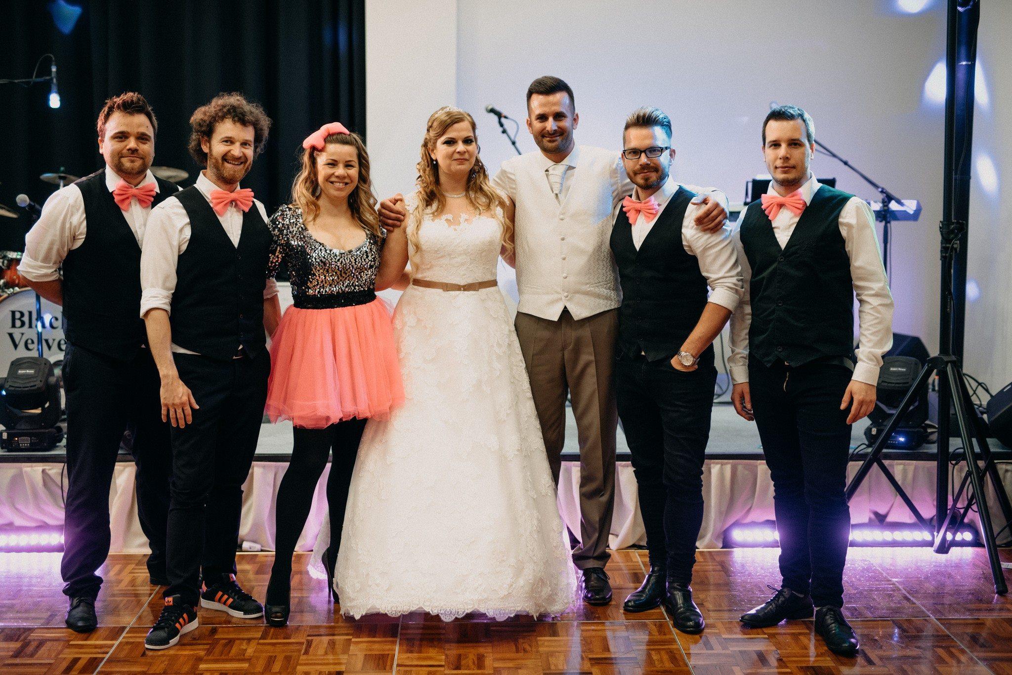esküvő 2018, Szeged, Hotel Forrás, ESKÜVŐ, lagzi, partyzenekar, esküvői zenekar